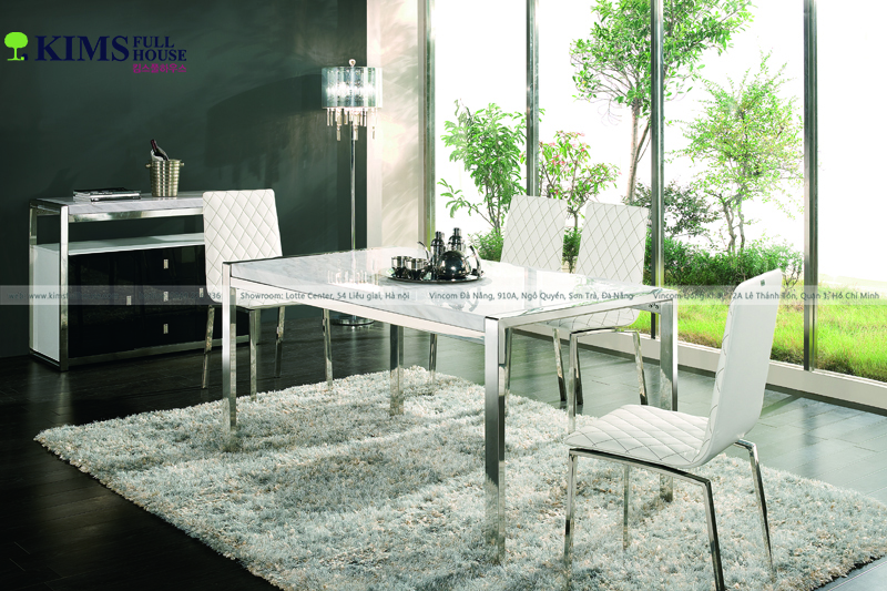 bàn ăn mặt đá